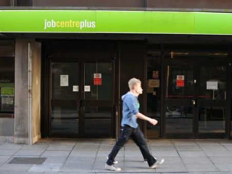 Students struggle to land jobs