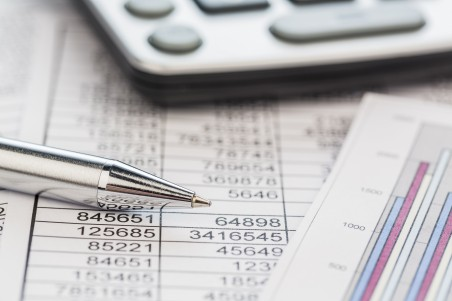 Recruitment firms' overdrafts cut by over a third